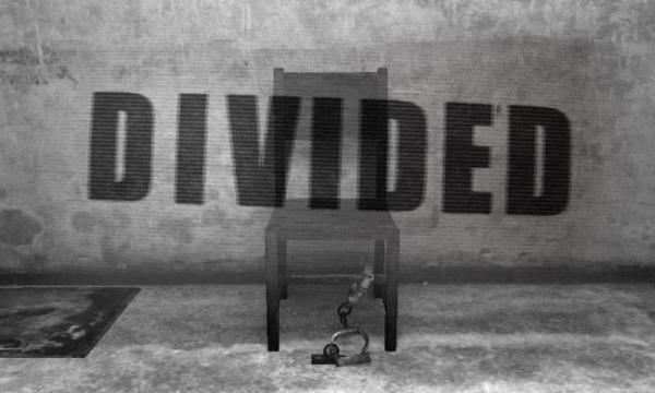 「DIVIDED -監禁された部屋からの脱出-」のスクリーンショット 1枚目