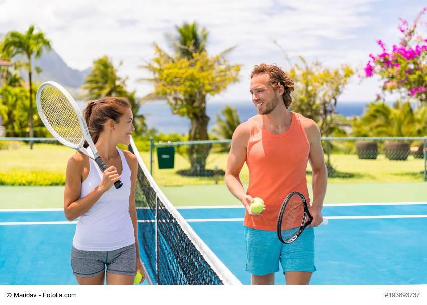 「テニススクール」での出会い